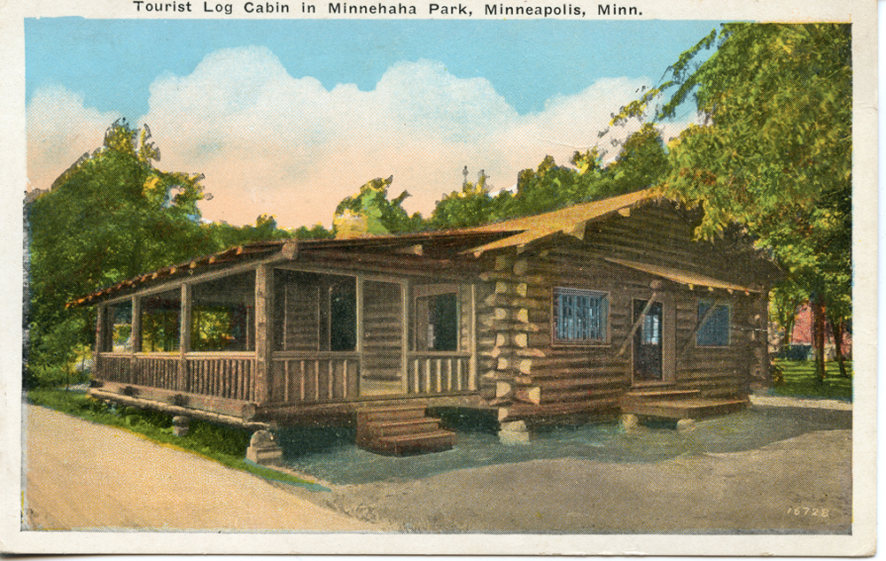 a log cabin in the Auto Tourist Camp
